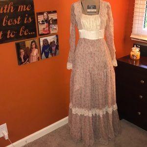 Gunne Sax Vintage Floral & Lace Prairie Dress